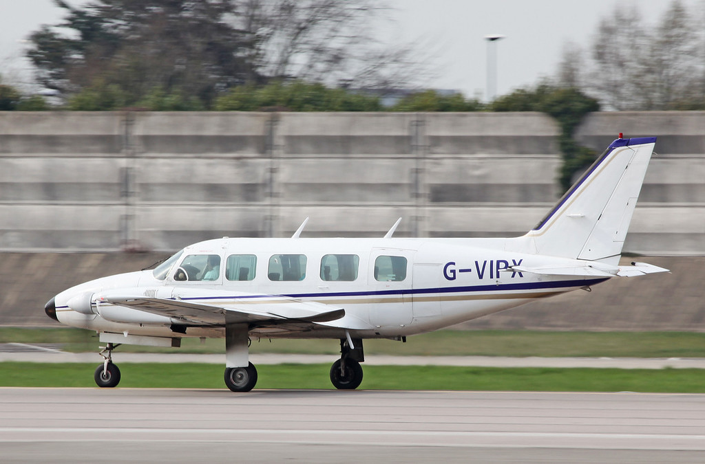 G-VIPX Piper PA-31-350 Navajo Chieftain (MAN) Capital Air Charter Limited
