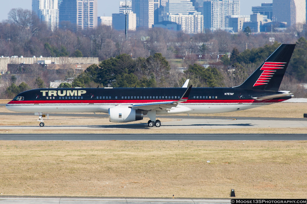 IMAGE: https://photos.smugmug.com/Airplanes/Airliners-and-Airport-Spotting/Charlotte-Douglas-Airport/i-RQh4Dhs/0/XL/JM_2015_02_14_N757AF_004-XL.jpg