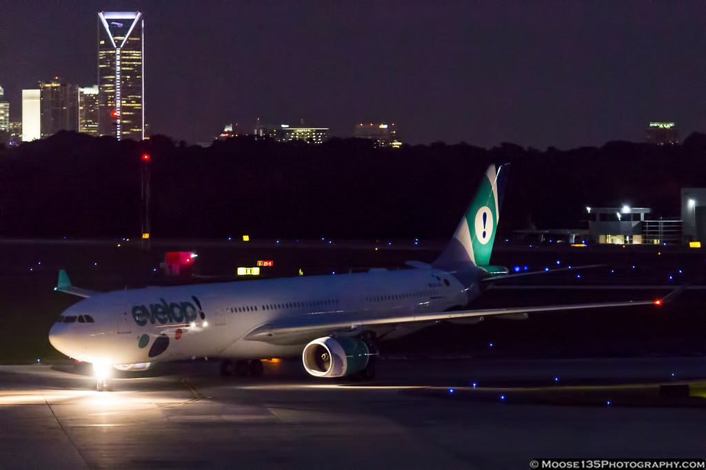 IMAGE: https://photos.smugmug.com/Airplanes/Airliners-and-Airport-Spotting/Charlotte-Douglas-Airport/i-fhsPzkh/0/c7bf4be0/XL/JM_2017_06_22_EC-LXA_002-XL.jpg