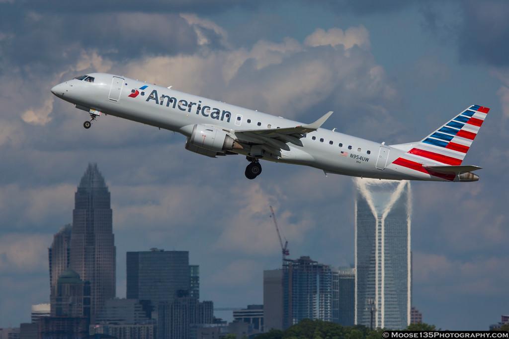 IMAGE: https://photos.smugmug.com/Airplanes/Airliners-and-Airport-Spotting/Charlotte-Douglas-Airport/i-jTtZLhb/0/XL/JM_2016_05_21_N954UW_001-XL.jpg