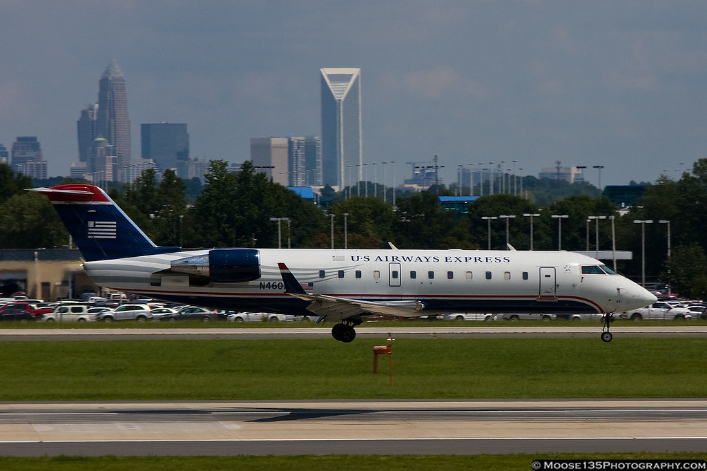 http://www.moose135photography.com/Airplanes/Airliners-and-Airport-Spotting/Charlotte-Douglas-Airport/i-mRZqR9L/0/XL/JM20120812N460AW001-XL.jpg