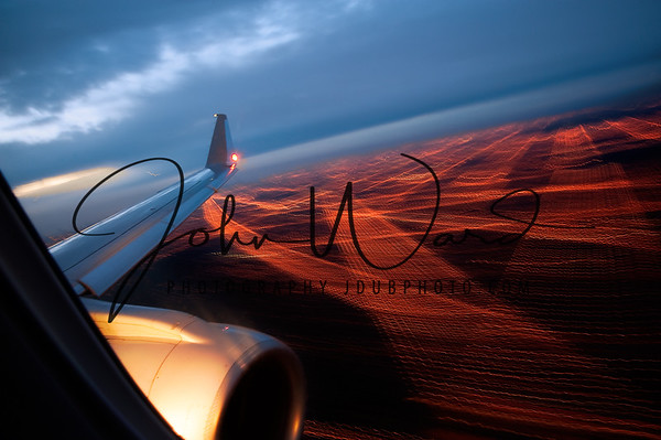 A014 Airplane light trails