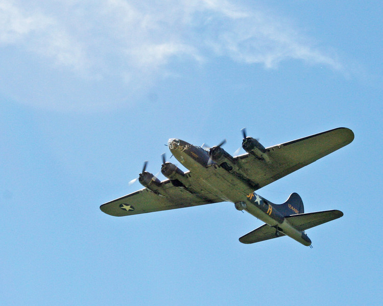 "B-17 The ""Memphis Belle"" climbing out after takeoff from Jabara Airport, Wichita, Kansas June 1, 2013."