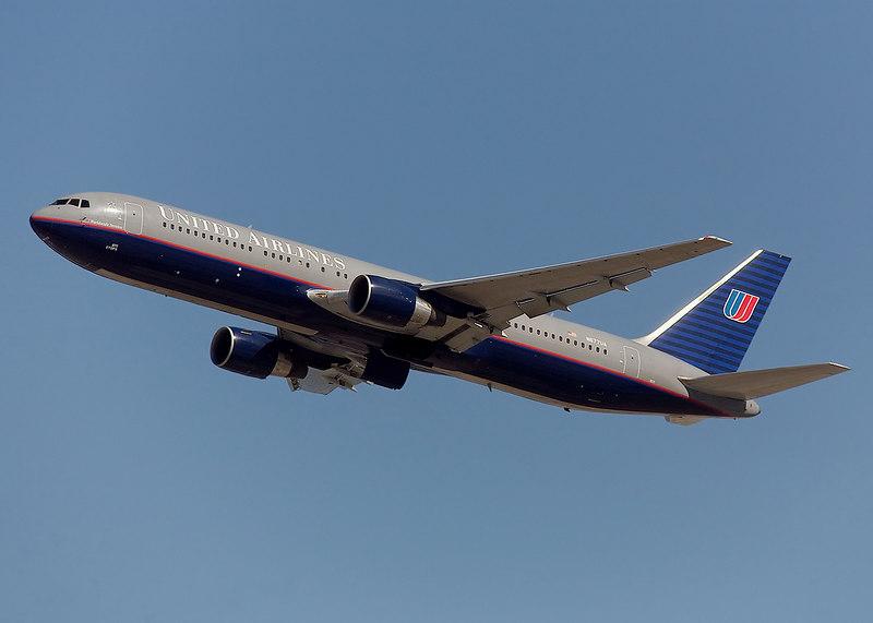United Ailines Boeing 767