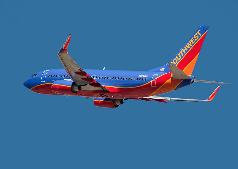 N939WN - Boeing 737-700 in Southwest colors departs from San Jose (KSJC)