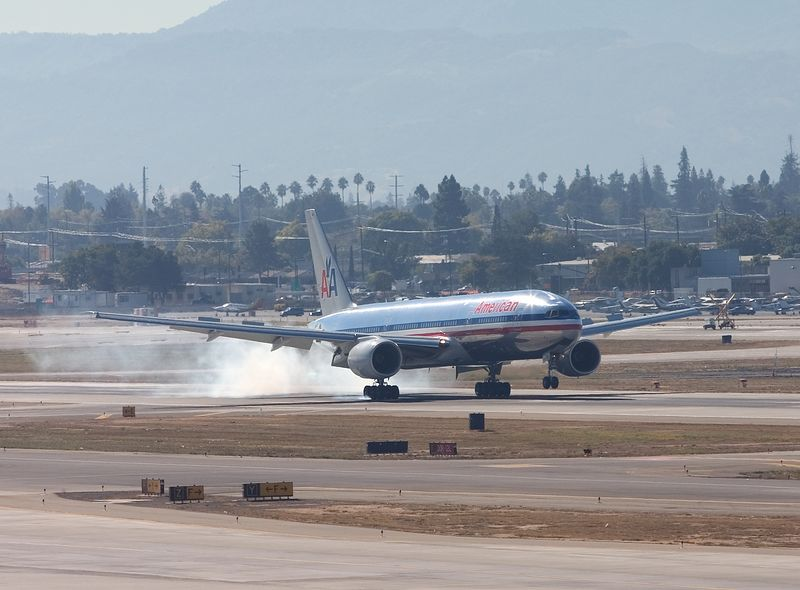 Touchdown on runway 30L, San Jose, California