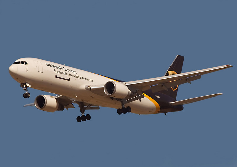 UPS Boeing 767 landing at San Jose, CA. KSJC, registration N304UP