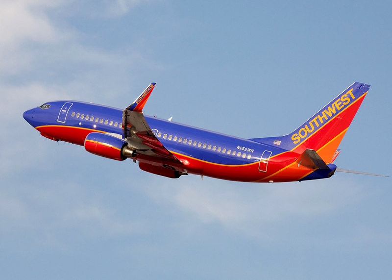 Southwest Airlines Boeing 737 on takeoff from San Jose International.<br /> Registration N252WN