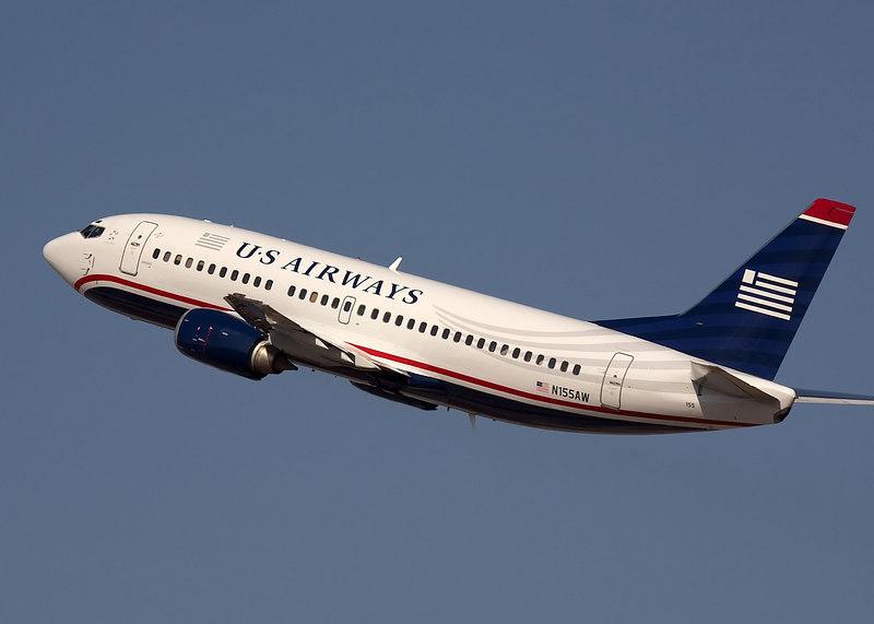 US Airways Boeing 737 on takeoff from San Jose International. N155AW