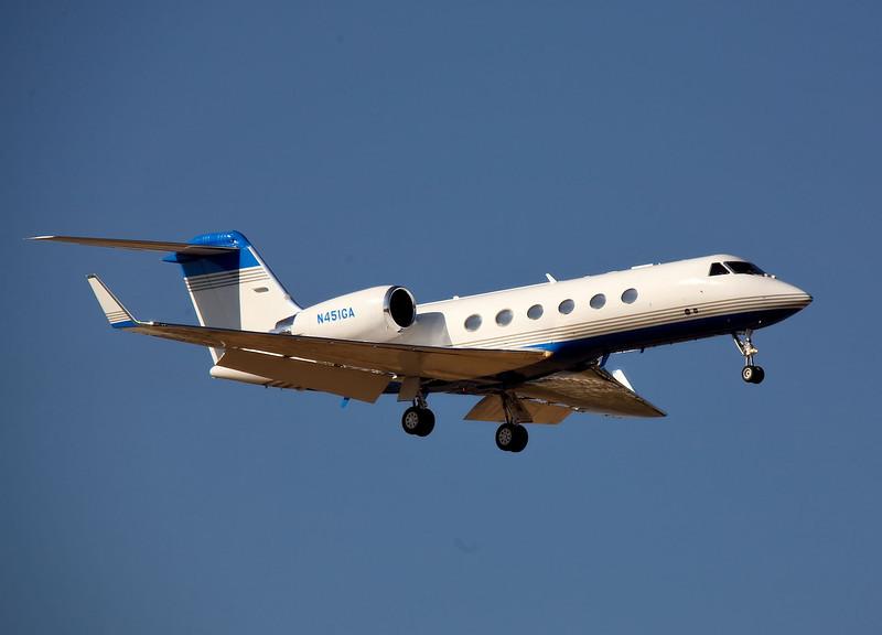 N451GA; a Gulfstream G IV arriving at San Jose, California (KSJC)