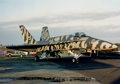 199107_FFD: 188769 in Tiger colourscheme at Fairford, UK, RIAT 1991.