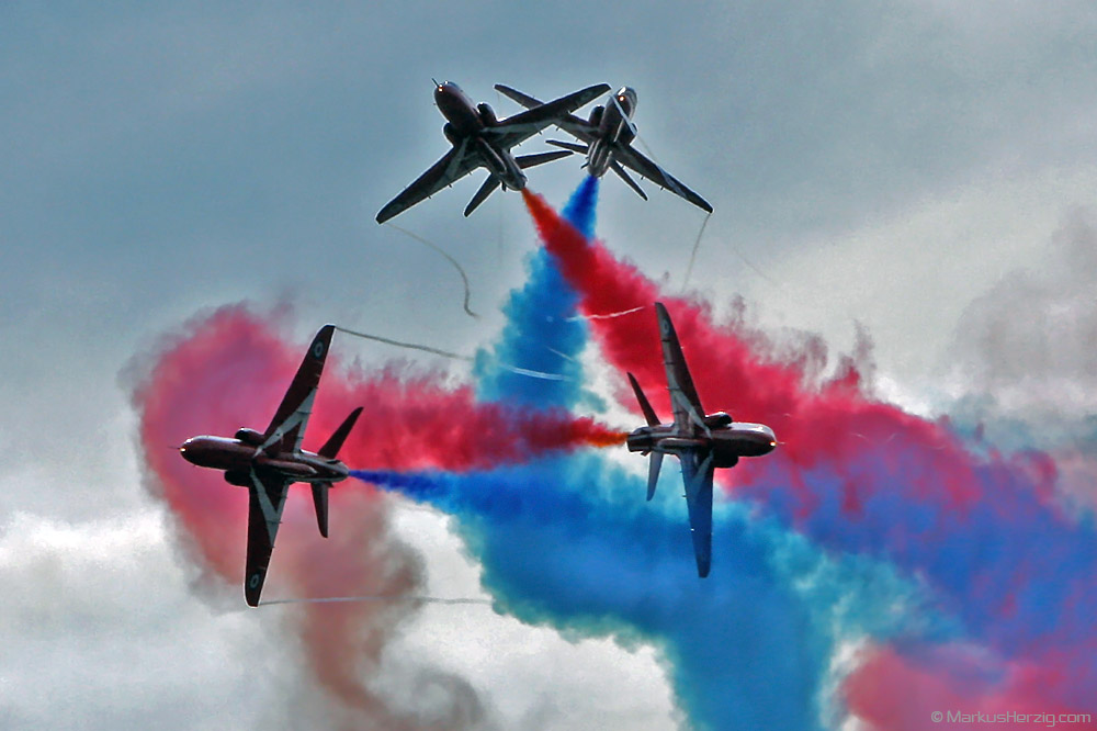 Red Arrows Hawk T1 Royal Air Force @ Portsmouth England 25Jul08