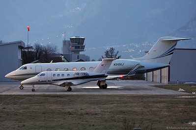 HB-VWQ EMB-500 Phenom Club @ Sion Switzerland 2Jan10
