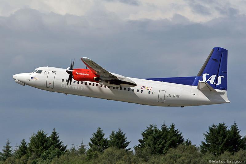 LN-RNF Fokker 50 SAS @ Bergen Norway 22Jul07
