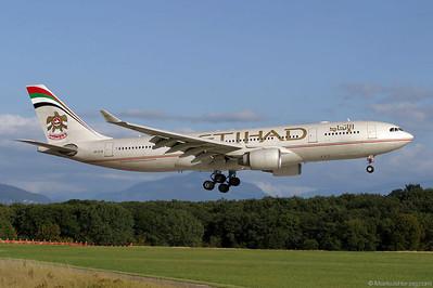 A6-EYB A330-223 Etihad @ Geneva Switzerland 21Aug04