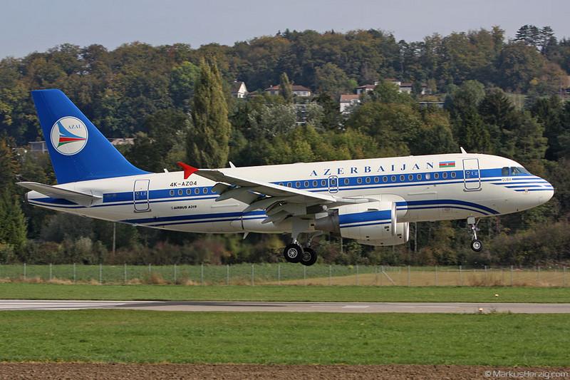 4K-AZ04 A319-111 Azerbaijan Airlines @ Bern Switzerland 16Oct09