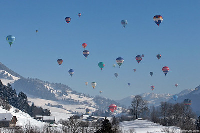 Balloon Weeks @ Chateau-d'Oex Switzerland 30Jan05