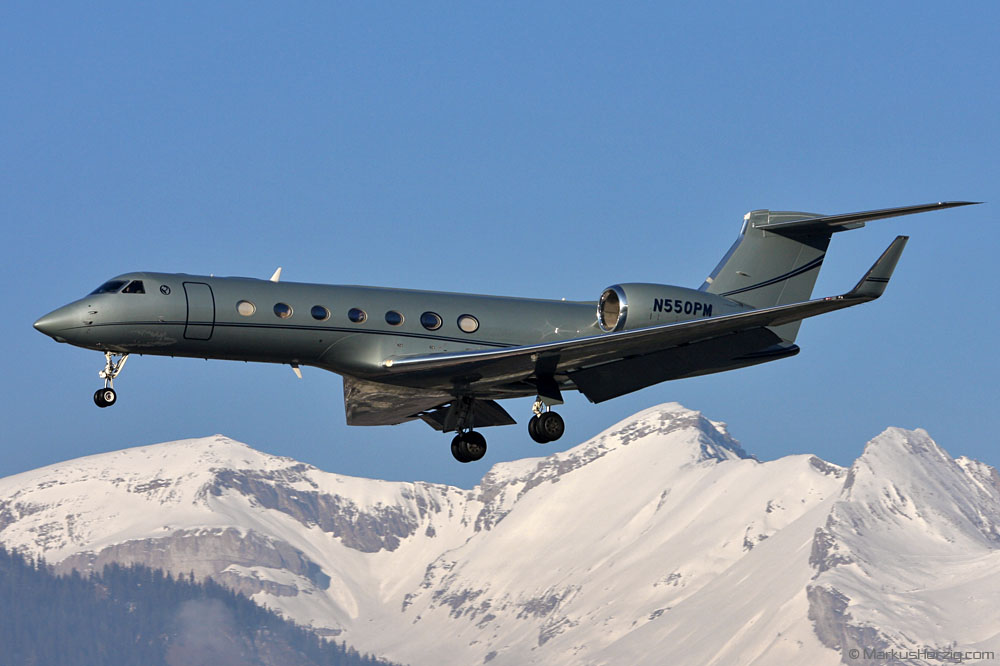 N550PM Gulfstream G550 @ Sion Switzerland 2Jan11