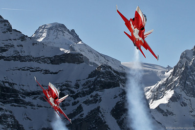 F-5E Tiger Patrouille Swiss @ Lauberhorn Switzerland 14Jan12