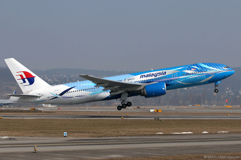 9M-MRD B777-2H6ER Malaysia Freedom of Space @ Zurich Switzerland 19Mar06