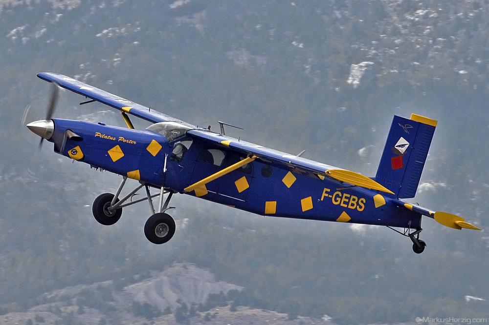 F-GEBS Pilatus PC-6/B2-H2 sn702 @ Gap-Tallard France 7Sep03