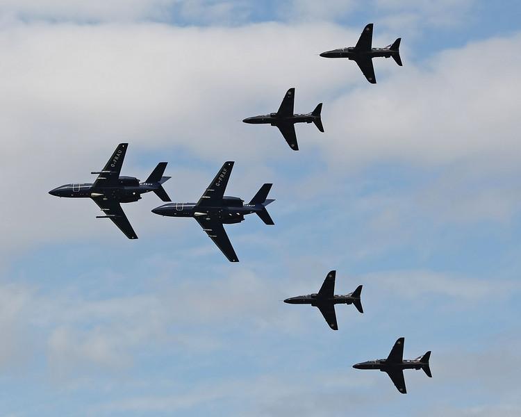 Airshow Fairford 2009 - The Black Seahawks - BAe Hawk T1/T1A & Dassault Falcon 20