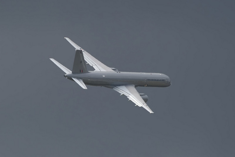 Airshow Fairford 2009 - Boeing 757-2K2 - Royal New Zealand Air Force