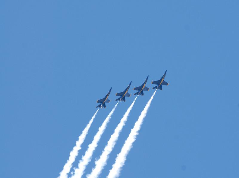 59   Blue Angels 4 Ascending