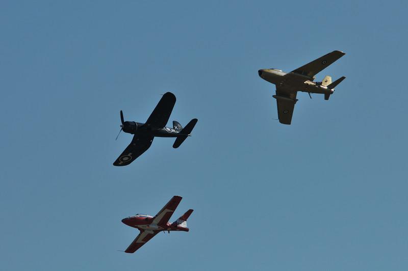 CT-114, Corsair & CF-86