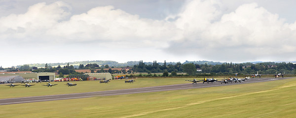 Duxford Warbirds preparing for a mass flypast