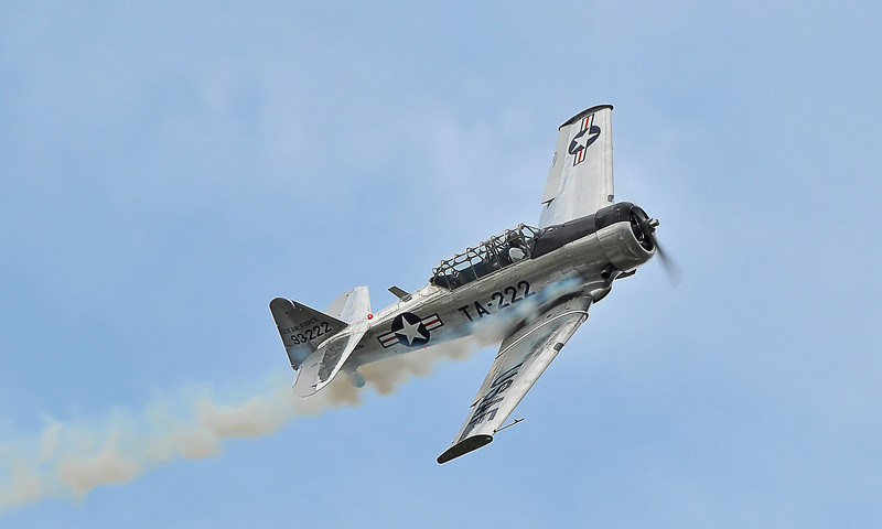 "AT-6 ""Texan"" piloted by Bill Leff, Nova Scotia Int'l Airshow 2010"