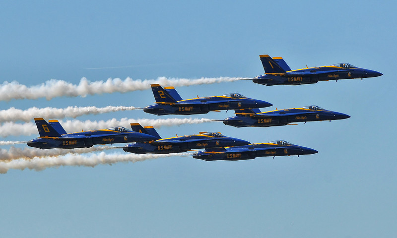 All 6 Blue Angels in Diamond formation