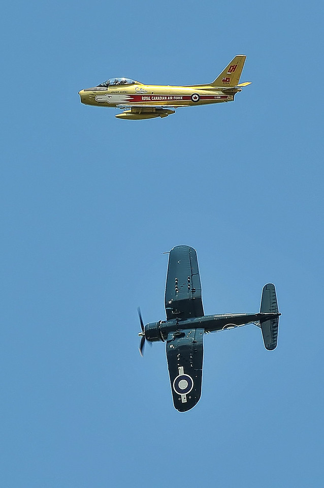 """Gray Ghost One"" Corsair breaks away from  ""Hawk One"" Sabre"