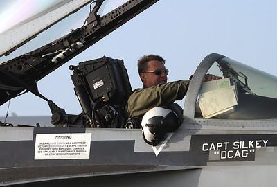 USA - Navy Boeing F/A-18E Super Hornet Los Alamitos - AAF (SLI / KSLI) USA - California, October 23, 2011 Reg: 165897 Code: NE-200 Cn: E052 VFA-137 'Kestrels' CAG bird based at NAS Lemoore, CA.