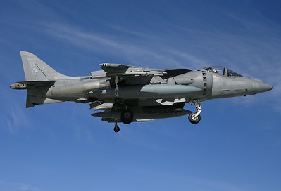 USA - Marines McDonnell Douglas AV-8B Harrier II El Centro - NAF (NJK / KNJK) USA - California, November 20, 2014 Reg: 163871 Code: DD-86 Cn: 179 Noisy VX-31 Dust Devil Harrier arrival.