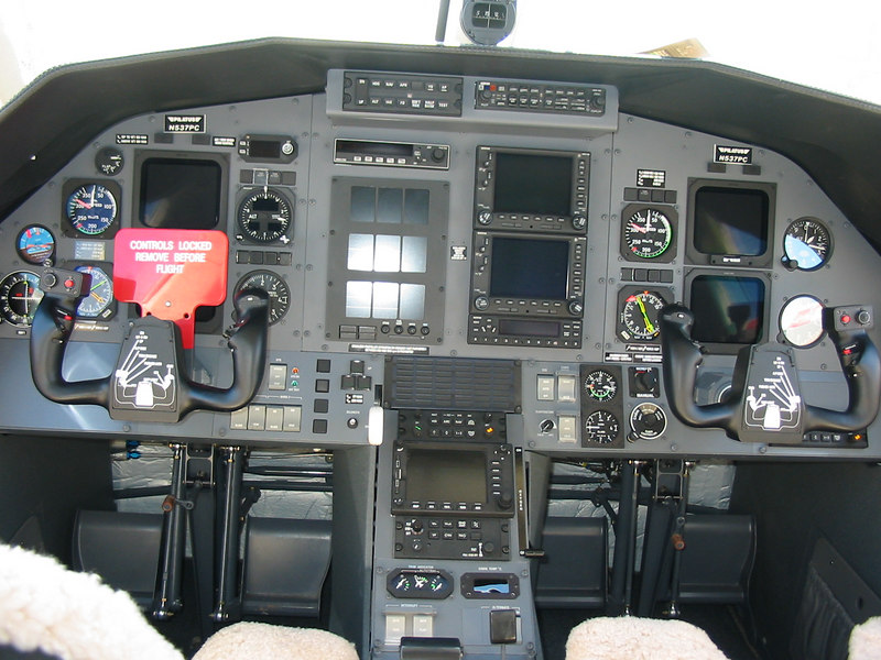 The front office of a Pilatus PC-12.  After I've made my first 10 million, I might have to get one of these...