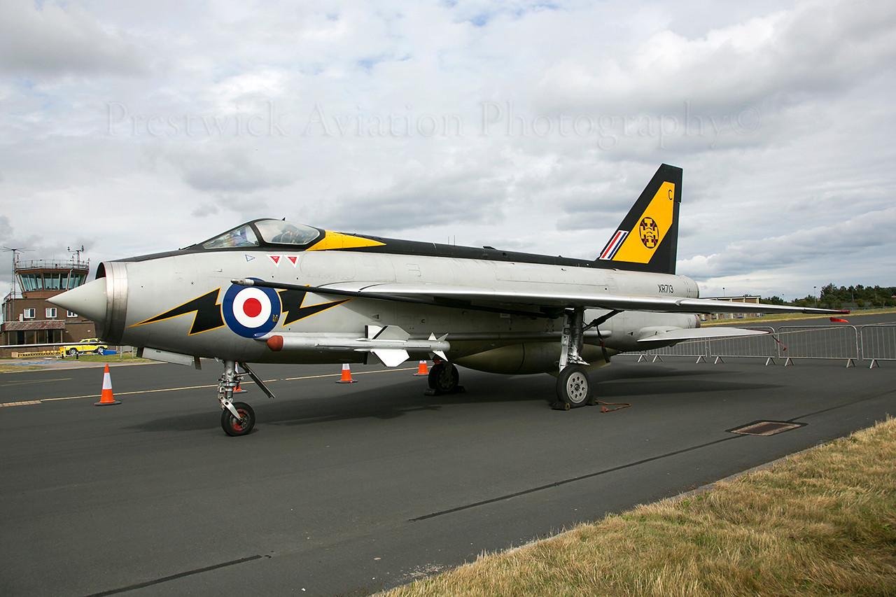 XR713. English Electric Lightning F3. RAF Leuchars. 060913.