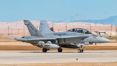 164702. McDonnell-Douglas FA-18D Hornet. US Marines. El Centro. 230318.