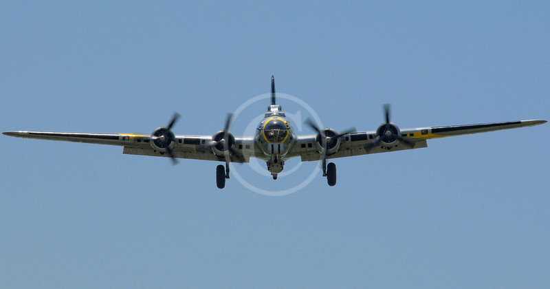 B-17 coming in for a landing