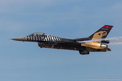 88-0032. Lockheed Martin F-16CJ Fighting Falcon. Turkish Air Force. Fairford. 170717.