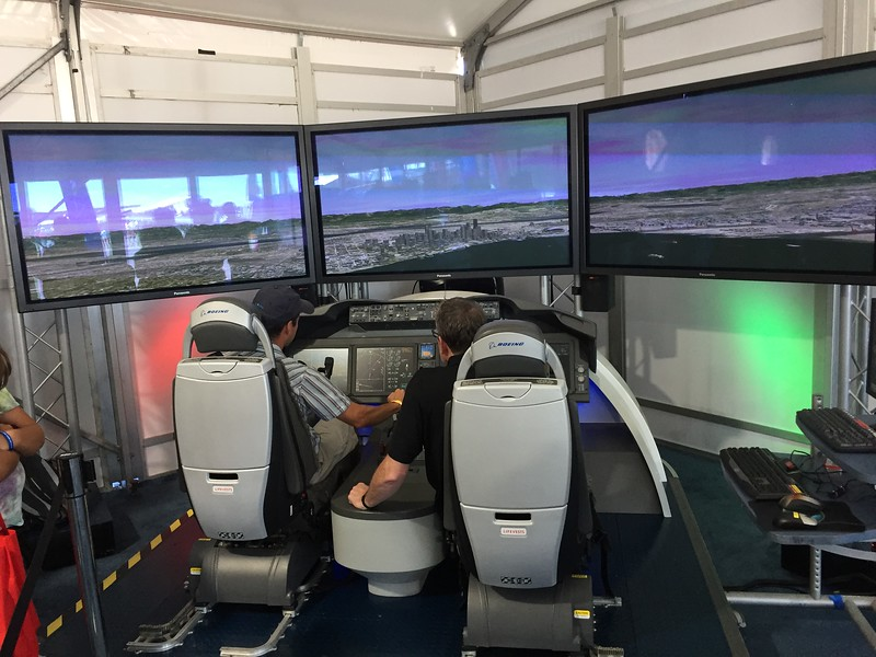 Nice simulator display.