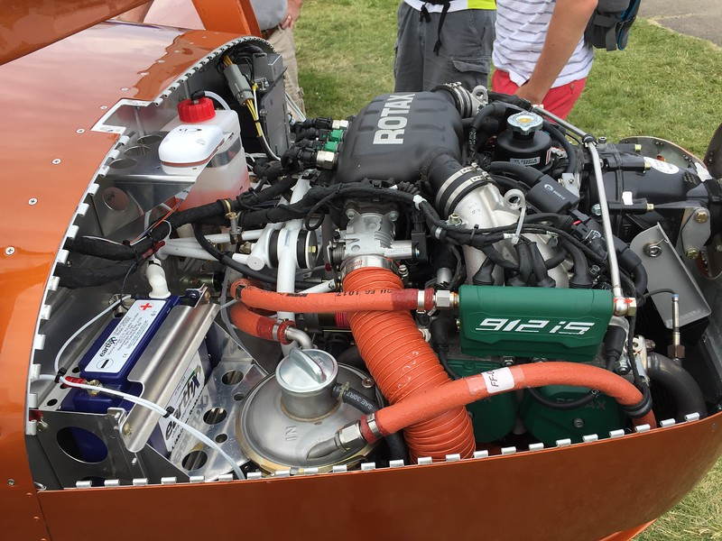 We learned at the banquet just how much engineering effort went into getting the Rotax fuel injected engine into the RV-12.