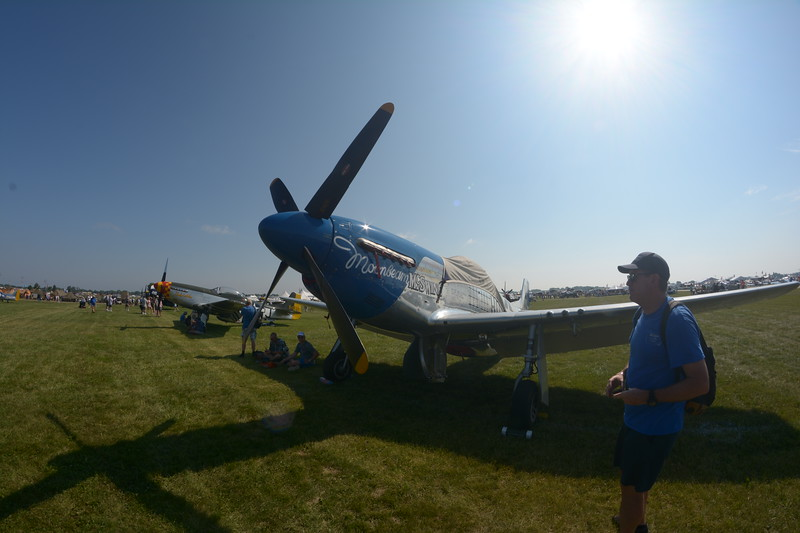 We headed over to the Warbirds. Lots of P-51's.