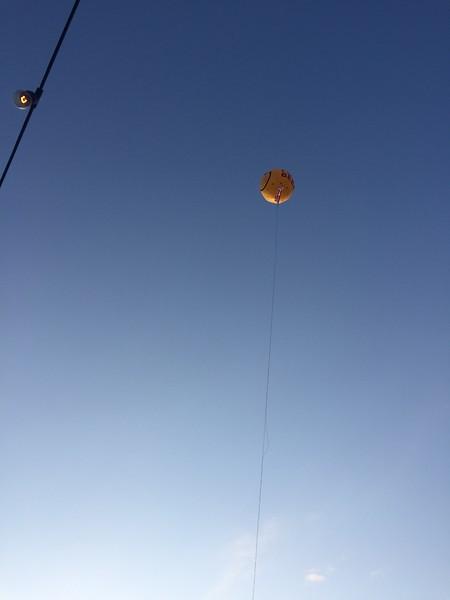 The SOS balloon.