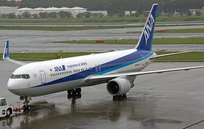 JA624A ANA B767-300