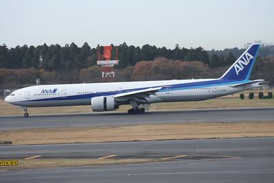 JA779A ANA 777-300