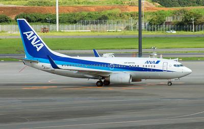 JA11AN ANA B737-700