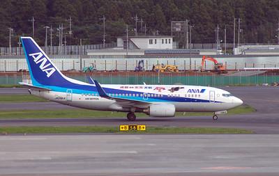 JA09AN ANA B737-700