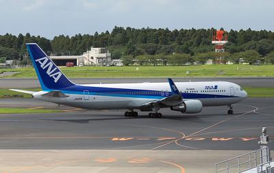 JA621A ANA B767-300