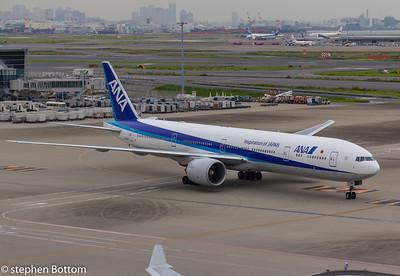 JA-785A ANA B777-300